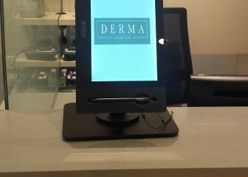 Teknon Hospital in Barcelona has chosen our TOPAZ tablet stand for pacient data protection